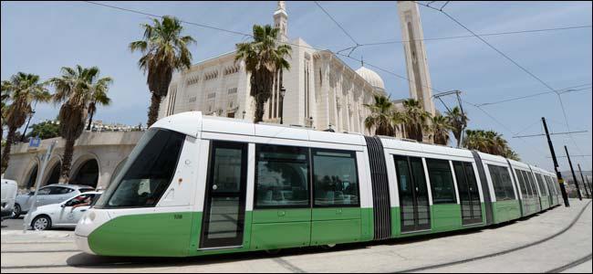http://i36.servimg.com/u/f36/09/01/02/20/tram-c10.jpg