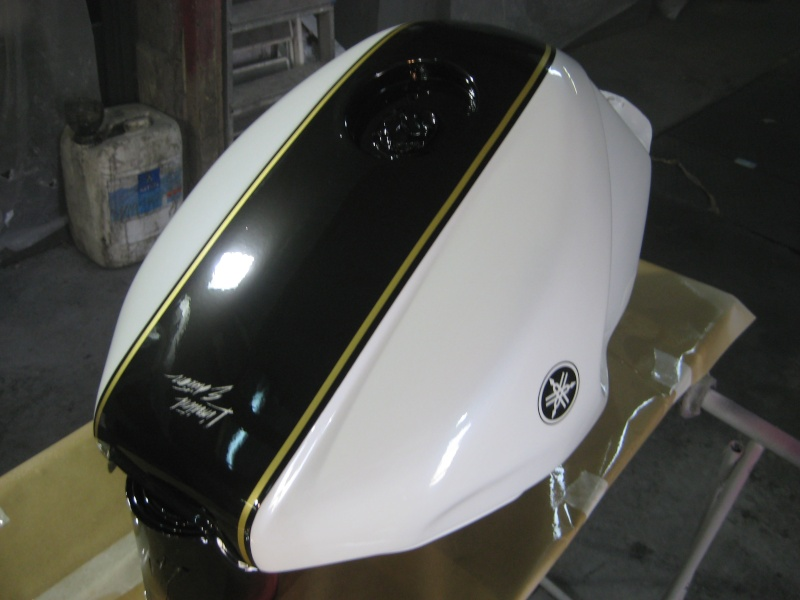 devis peinture reservoir moto resine de protection pour peinture. Black Bedroom Furniture Sets. Home Design Ideas