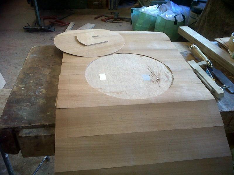 Restauration d 39 une table for Restauration d une table en bois