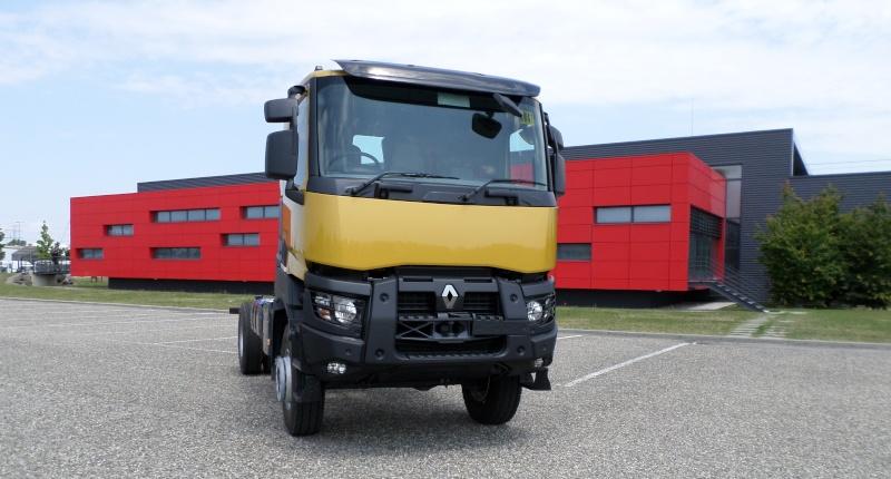 nouvelle gamme renault trucks page 2. Black Bedroom Furniture Sets. Home Design Ideas