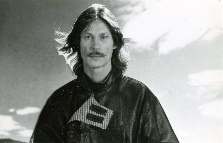 198310.jpg