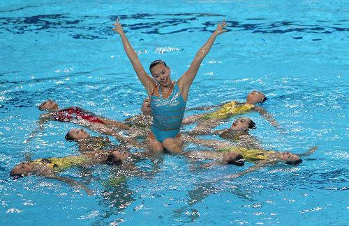 اولمبياد لندن ٢٠١٢: سباحة متزامنة , سباحة متزامنة  في اولمبياد لندن ,2012 ,مشاهدة , صور ,فيديو , اخبار , اليوم 5-8-2012 , الالعاب الالومبية لعام 2012 سباحة متزامنة  عرض الالعاب الالوبية جوجل, مناسبة, سباحة ,متزامنة , البث المباشر, الالعاب الاولمبية