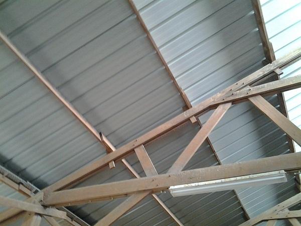 condensation sur t les de toiture que faire. Black Bedroom Furniture Sets. Home Design Ideas